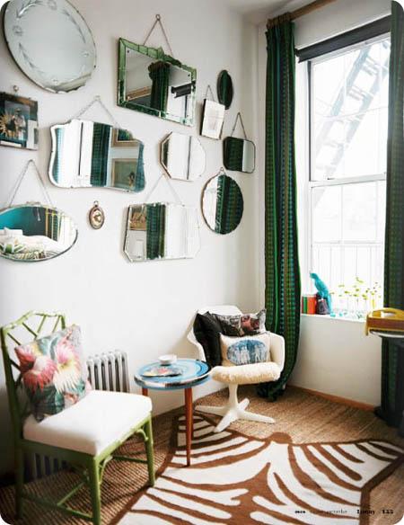 pared_decorada_con_espejos_vintage_decoraci_n_vintage_en_sal_n