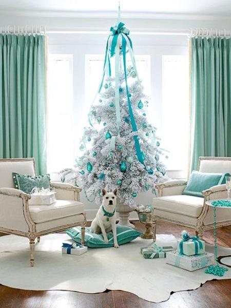 Decoración-de-árboles-de-Navidad-en-blanco-y-plata-10-Custom